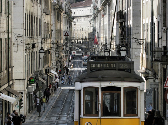 Lissabon portugal tram