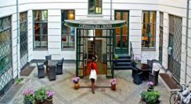 Copenhagen Crown Hotel Bebsy
