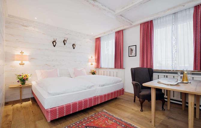 kamer eden hotel wolff tripcheckers. Black Bedroom Furniture Sets. Home Design Ideas