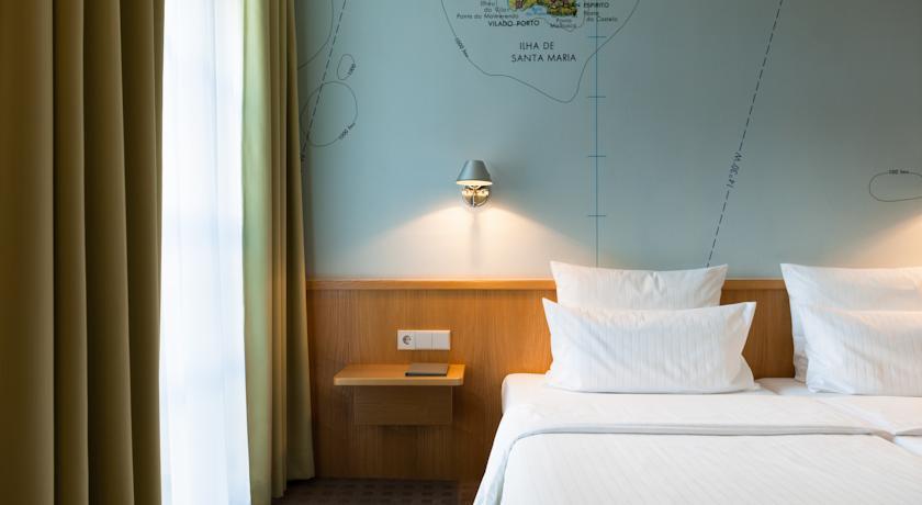 design hotel stadt rosenheim tripcheckers. Black Bedroom Furniture Sets. Home Design Ideas
